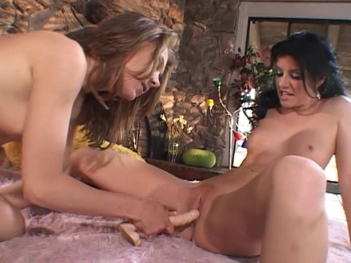 http://ist4-1.filesor.com/pimpandhost.com/1/_/_/_/1/5/w/R/X/5wRXI/Lesbian%20orgy%20920m_m.jpg