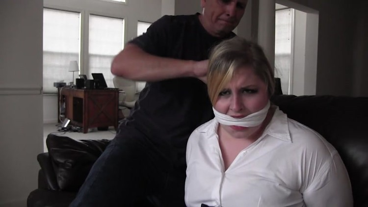 Voluptuous_and_Vintage_Girls_-_BBW07-Full_figured_receptionist_hogtied_in_the_waiting_room.mp4.00000,