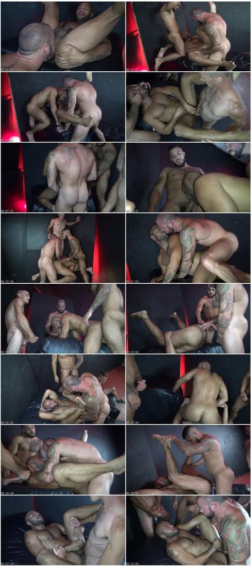 gay415_thumb_m.jpg