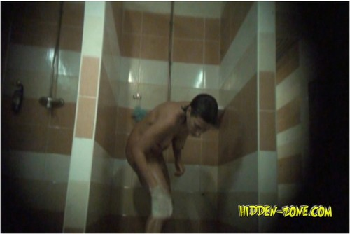http://ist4-1.filesor.com/pimpandhost.com/9/6/8/3/96838/5/F/r/b/5FrbD/Hidden-zoneShowerRoom344_cover_m.jpg