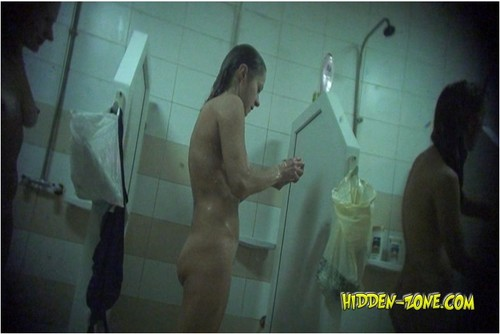 http://ist4-1.filesor.com/pimpandhost.com/9/6/8/3/96838/5/F/s/O/5FsOj/Hidden-zoneShowerRoom377_cover_m.jpg