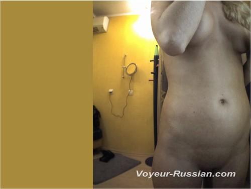 [Image: Voyeur-russian0221_cover_m.jpg]
