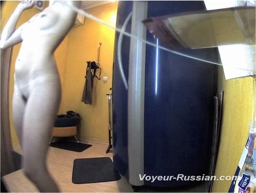 [Image: Voyeur-russian0206_cover_m.jpg]