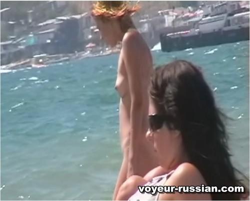 http://ist4-1.filesor.com/pimpandhost.com/9/6/8/3/96838/5/G/j/S/5GjSO/Voyeur-russian0317_cover_m.jpg