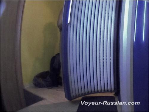 http://ist4-1.filesor.com/pimpandhost.com/9/6/8/3/96838/5/G/j/f/5GjfC/Voyeur-russian0275_cover_m.jpg
