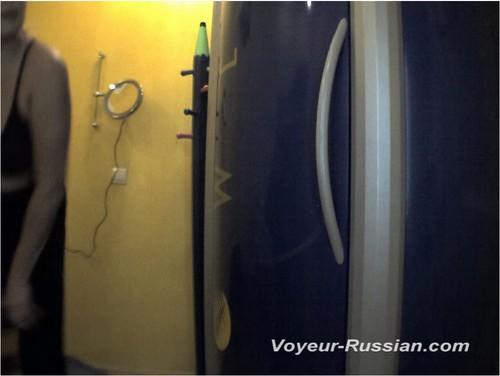 http://ist4-1.filesor.com/pimpandhost.com/9/6/8/3/96838/5/G/l/9/5Gl9P/Voyeur-russian0399_cover_m.jpg