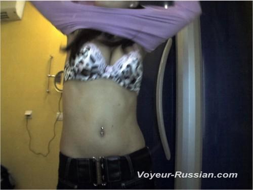 http://ist4-1.filesor.com/pimpandhost.com/9/6/8/3/96838/5/G/w/j/5Gwjp/Voyeur-russian0600_cover_m.jpg