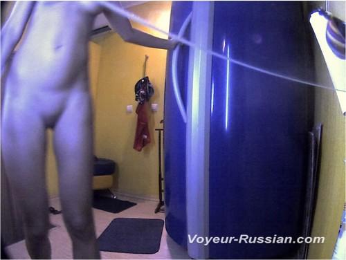 http://ist4-1.filesor.com/pimpandhost.com/9/6/8/3/96838/5/H/N/9/5HN9H/Voyeur-russian0719_cover_m.jpg