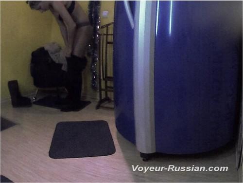 http://ist4-1.filesor.com/pimpandhost.com/9/6/8/3/96838/5/H/O/6/5HO6u/Voyeur-russian0749_cover_m.jpg