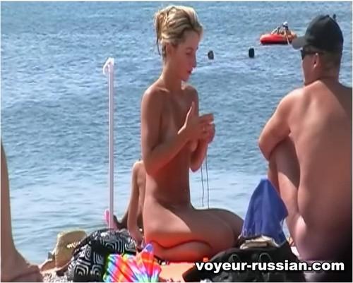 http://ist4-1.filesor.com/pimpandhost.com/9/6/8/3/96838/5/H/O/T/5HOTe/Voyeur-russian0765_cover_m.jpg