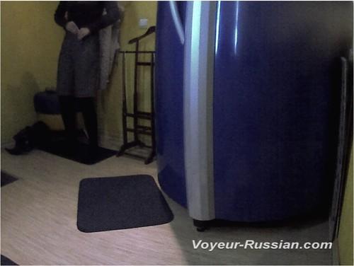 http://ist4-1.filesor.com/pimpandhost.com/9/6/8/3/96838/5/H/O/d/5HOdi/Voyeur-russian0751_cover_m.jpg