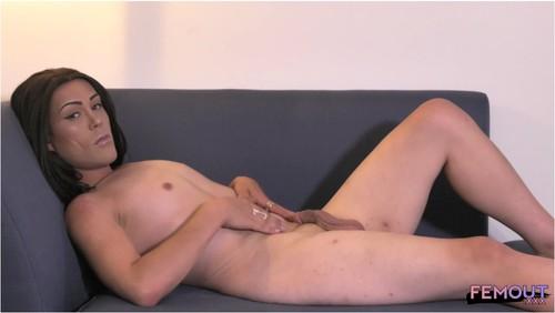 [Image: TranssexualPosingVZ009_cover_m.jpg]