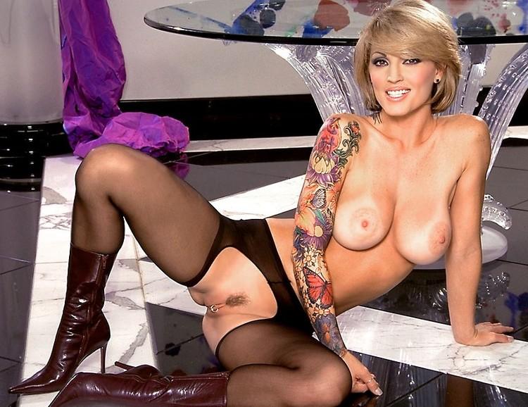 Nude images of classic pornstar janine