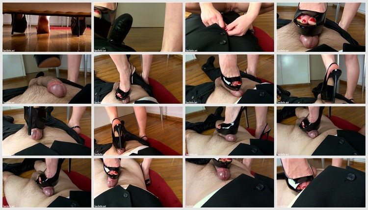 footjob-with-high-heels-1395_thumb,