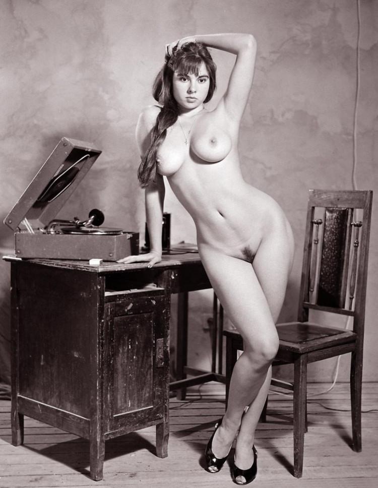 Classic Nude Galleries