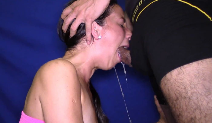 Extreme Deepthroat Piss