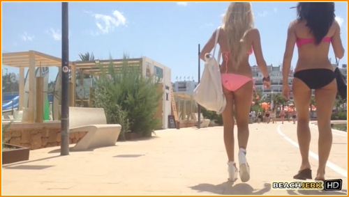 BeachJerk smoking-hot-bikini-babes full hd