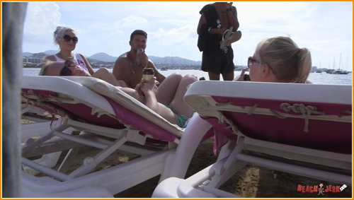 BeachJerk topless-talker full hd