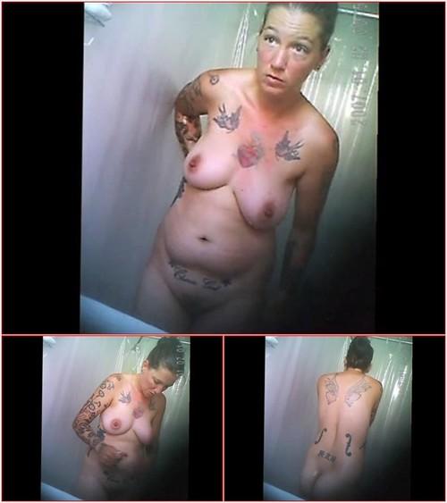 Shower bathroom 434