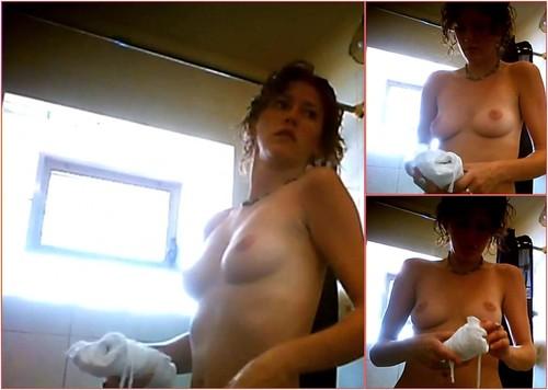 Shower bathroom 427